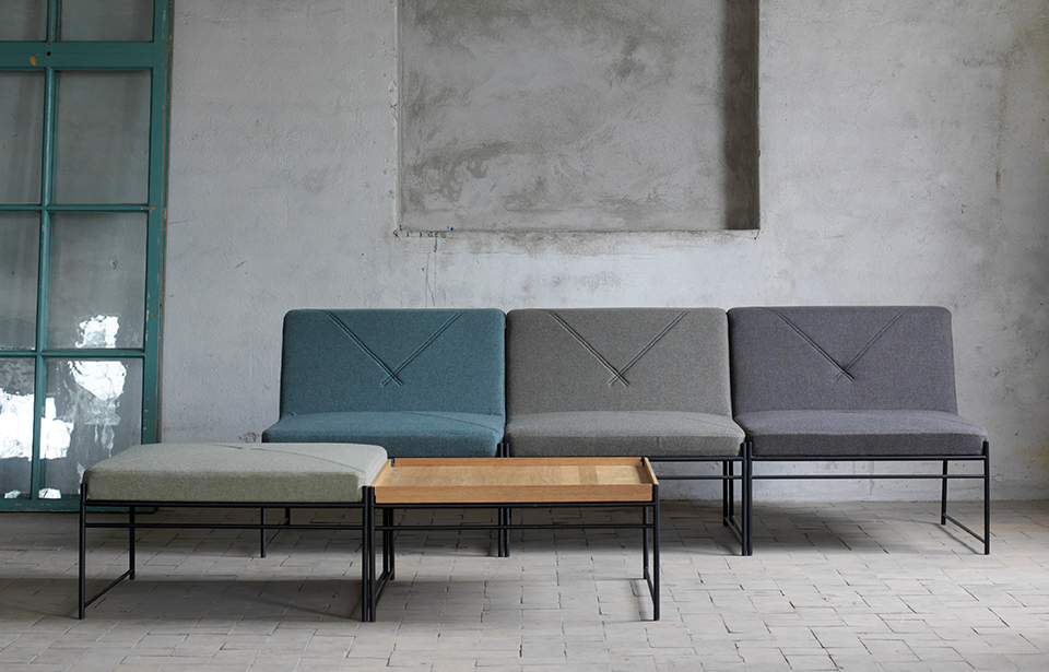 Unit Is A Linkable Modular Sofa System With A Light Expression U2013 Like A  Magic Carpet. Unit Is Available As A Stool, Easy Chair And Table Section.